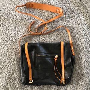 Linea Pelle Black Leather Messenger Bag